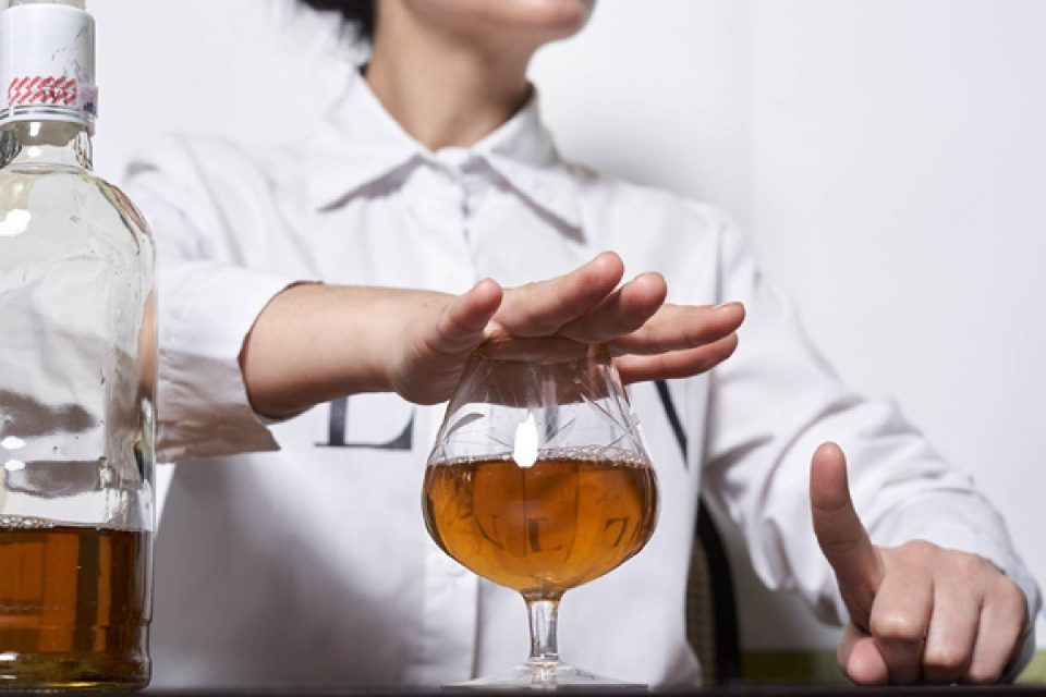 How Avoiding Alcohol Can Help You Lose Weight?